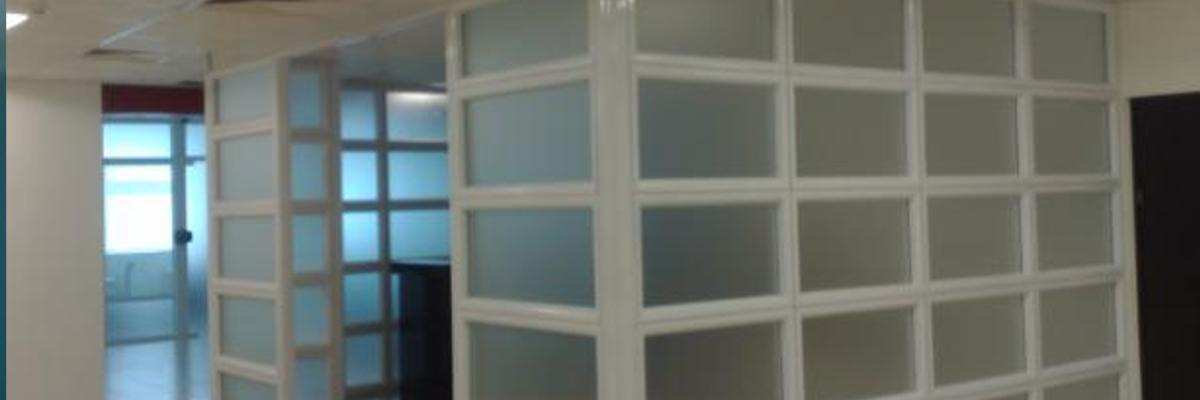 Divisórias em vidro